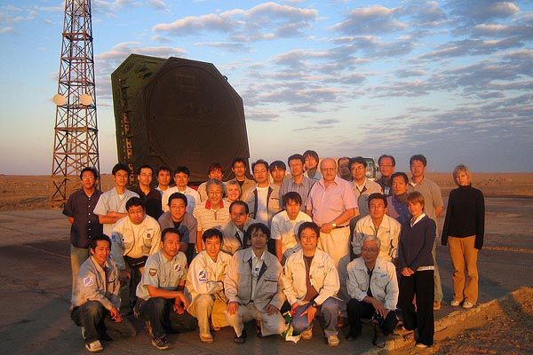 OICETS / INDEX Project Members at Dawn after Midnight Launch, Site 109, Baikonur, Special thanks to JAXA, 2005-08 (C) Kosmotras