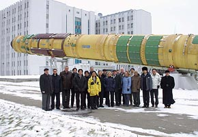 Critical Design Review Meeting at Yuzhnoye, 2005-01 (C) Yuzhnoye